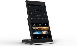 tablet_w_dock_4