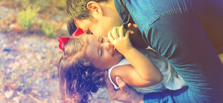 parents-and-children-1794951_1280