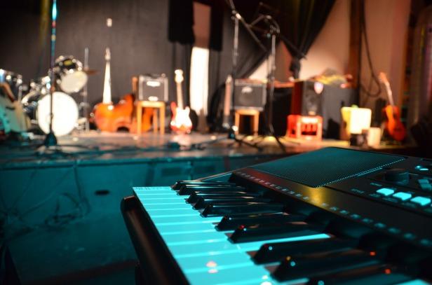piano-2065514_1920